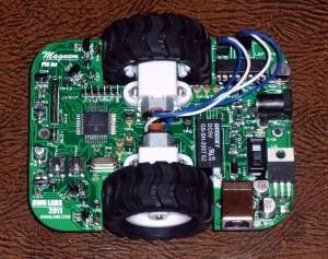 A small maze solving robot